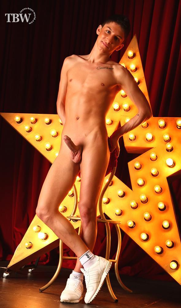 Teen male boner nude